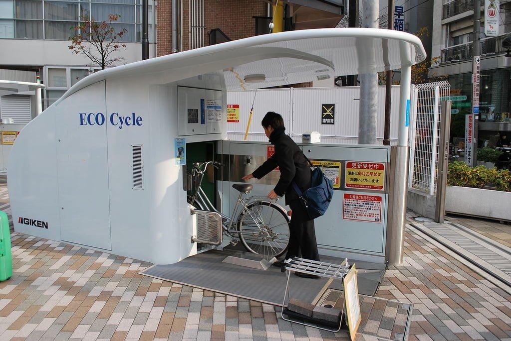 Estacionamento de bicicletas no Japão
