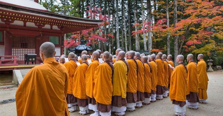monges japao