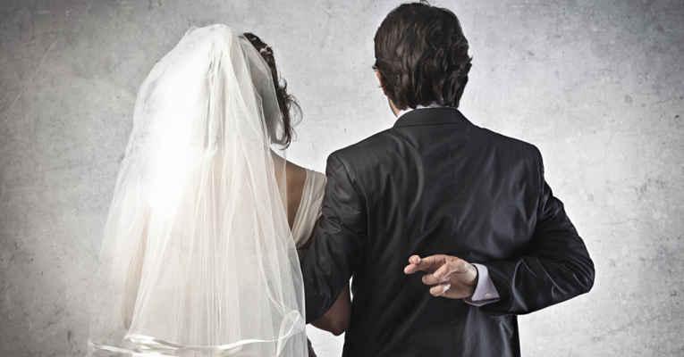 casamentos falsos no Japão