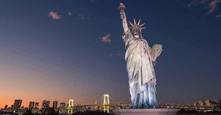 Estátuas da liberdade no Japão