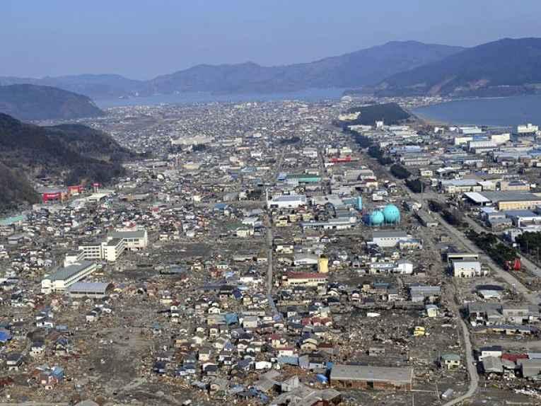 Ishinomaki destruída após tsunami