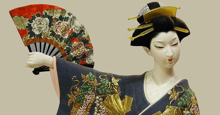 Boneca Hakata